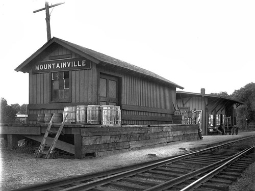 Mountainville Station - Erie Railroad